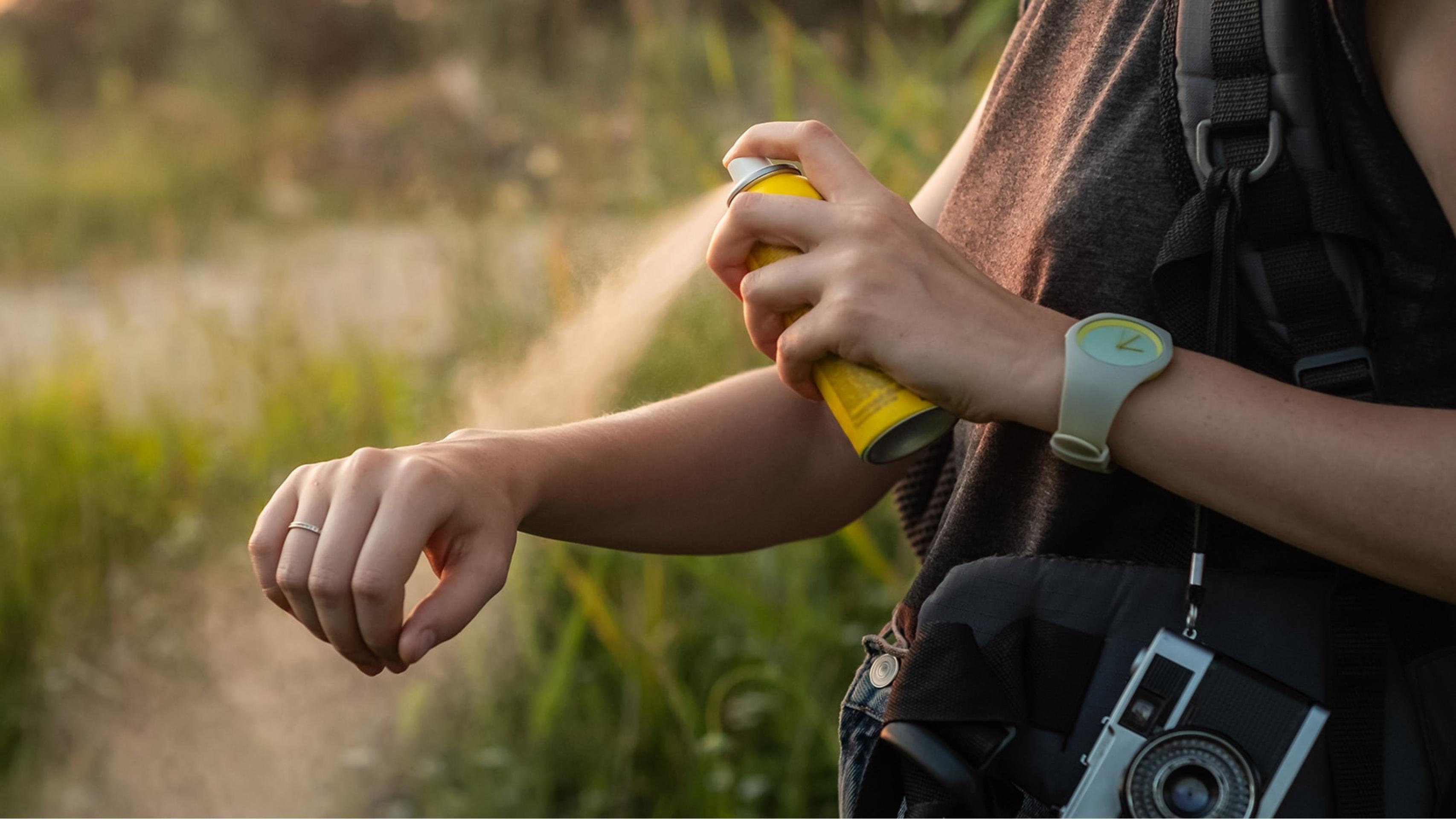 Как выбрать натуральный спрей-репеллент от комаров?