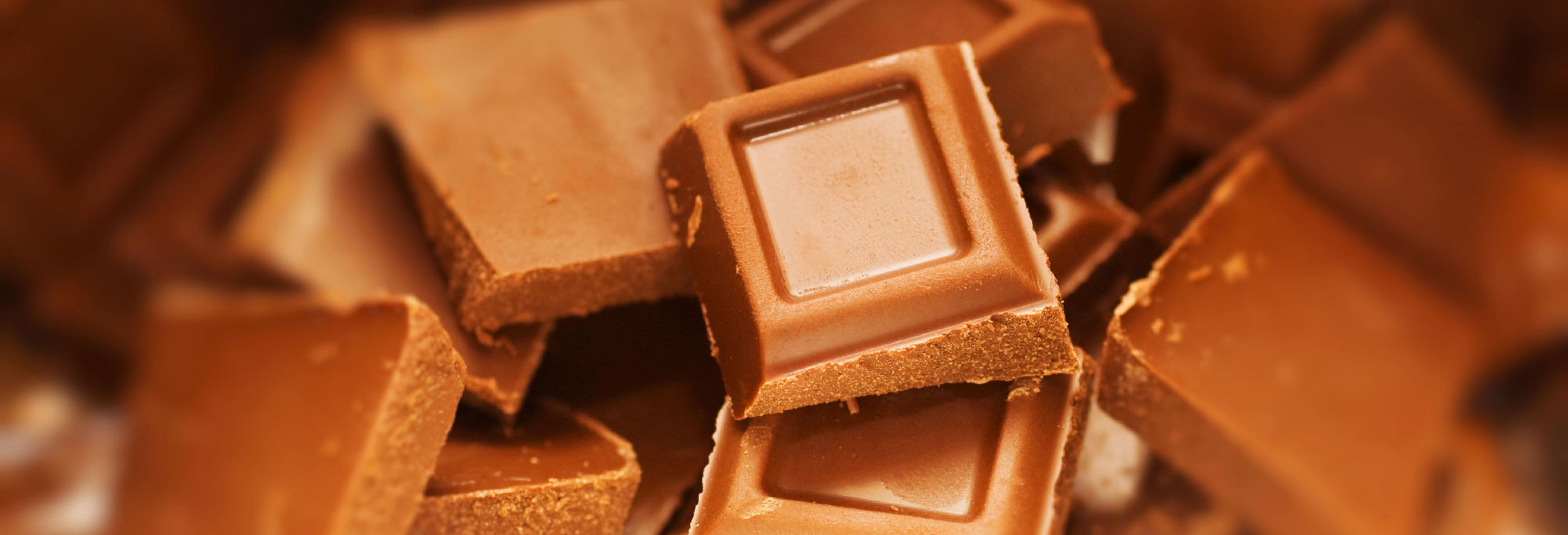 Почему молочный шоколад с гречишным чаем – лучший перекус?