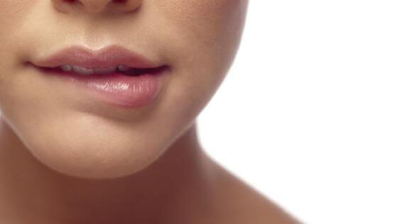Продажа бальзамов для губ