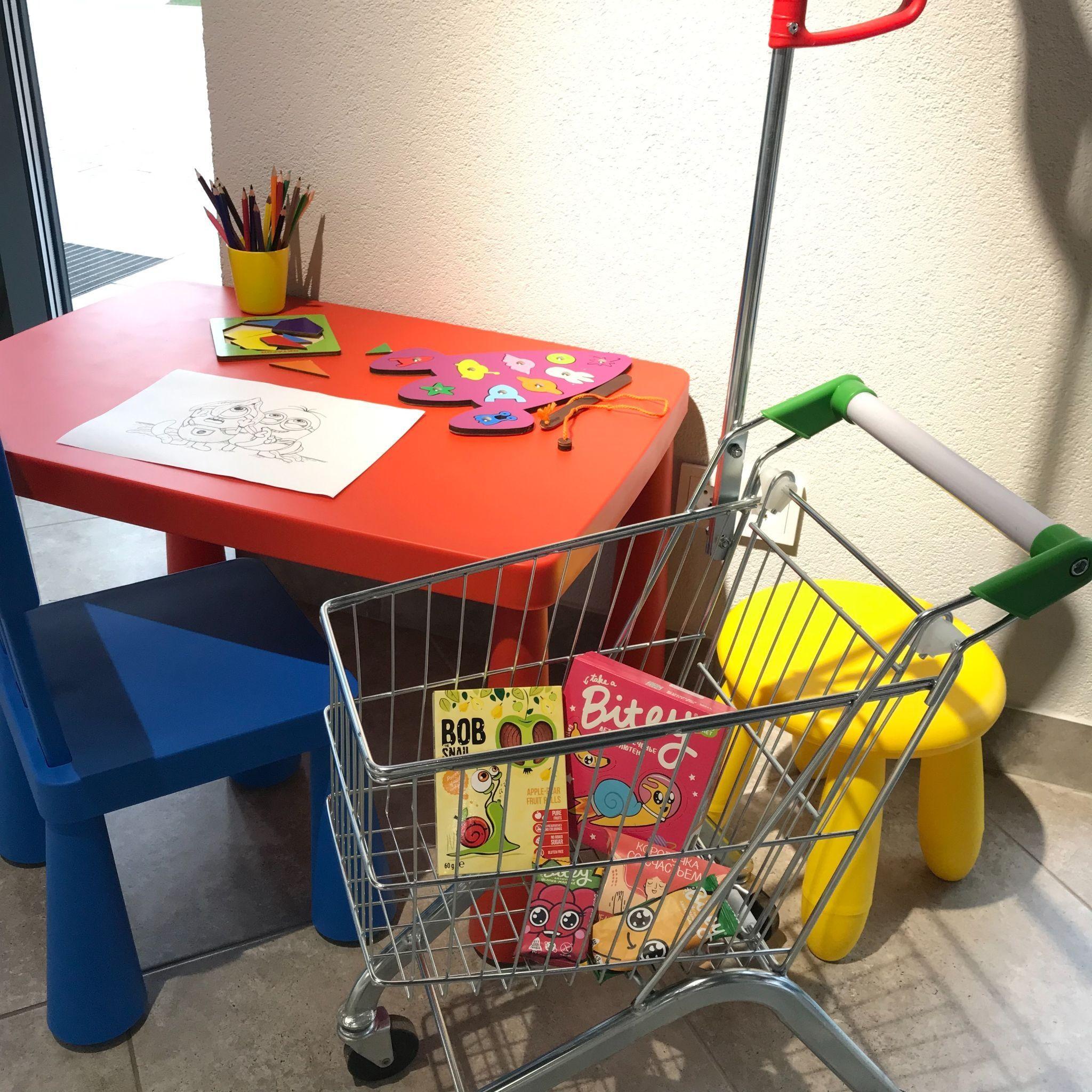 В магазине Экобар есть уголок для детей