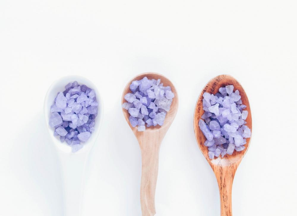 Преимущества солей и пены для ванн