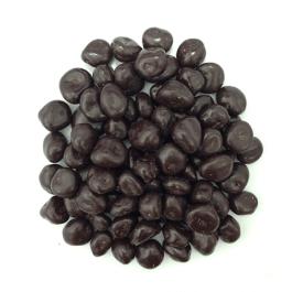вкусные ягодки шелковицы в шоколаде