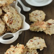 Almond-Cookies-1-8