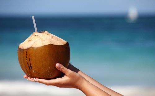 Похудение с кокосовой водой